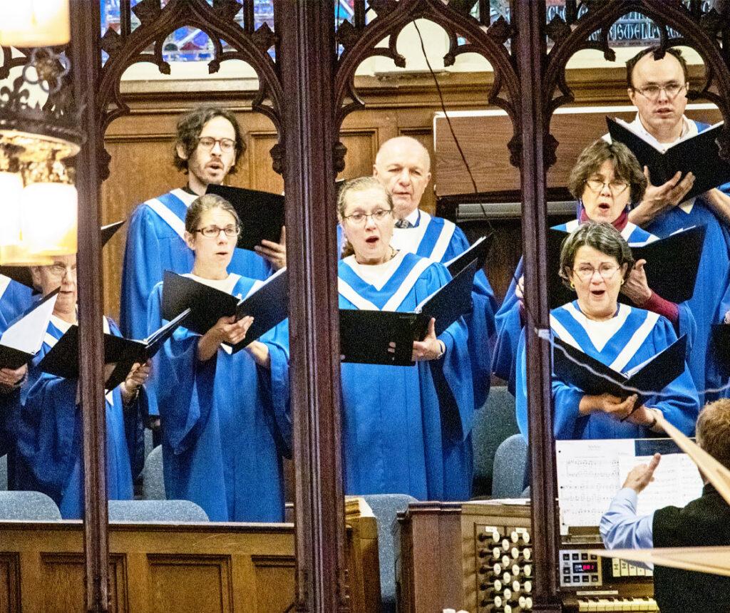 A choir singing at Pine Street Presbyterian Church