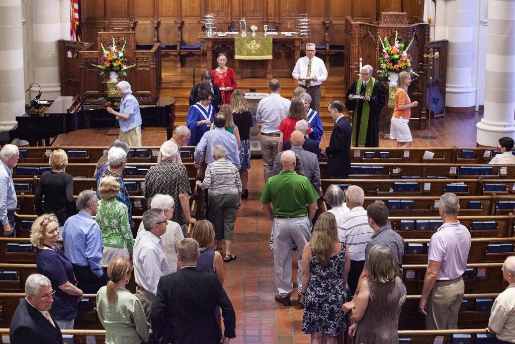 Sunday morning service at Pine Street Presbyterian Church
